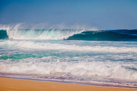 The world famous Bonzai Pipeline surf wave on the North Shore, Oahu, Hawaii 스톡 콘텐츠