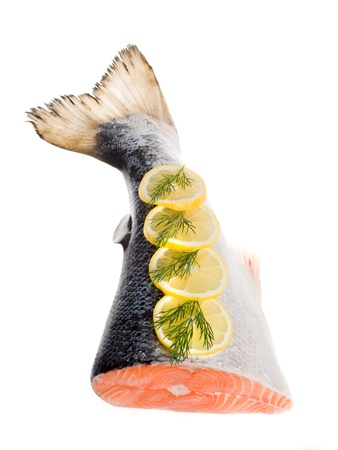 to fish: salmón sobre un fondo blanco cola Foto de archivo