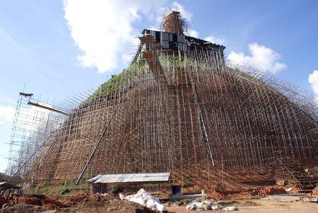 veneration: Very big brick dagoba in Anuradhapura, Sri Lanka