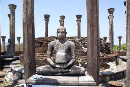 vihara: Vatadage Mandalagiri Vihara, Sri Lanka