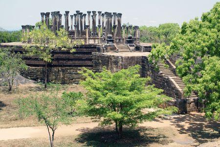 vihara: Vatadage Mandalagiri Vihara near Medirigiriya, Sri Lanka