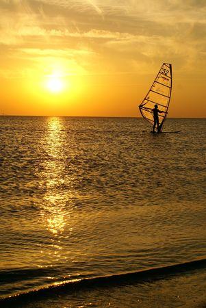 windsurf: Windsurf en el Mar Negro, Sochi, Rusia  Foto de archivo