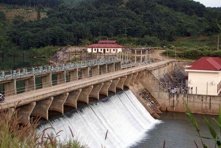 hydroelectric station: centrale idroelettrica in laos di Nord  Archivio Fotografico