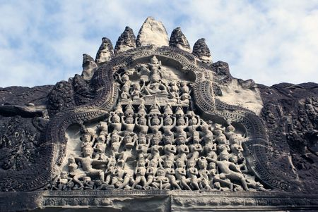 cambodia sculpture: Bas-relief on the gate in Angkor wat, cambodia
