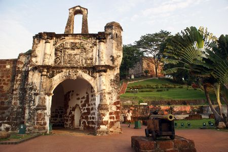 melacca: Old fort and gun in Melaka, Malaysia