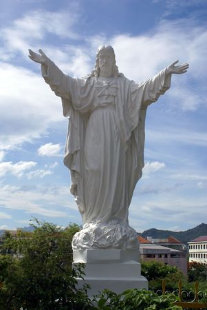 jesus standing: Jesus near cathedral in Nha Trang, Vietnam