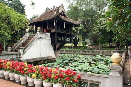 一柱寺 (チュア Mot Cot) ハノイ、ベトナム 写真素材