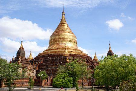 dhamma: General view of Dhamma Yazika pagoda in Bagan, Myanmar