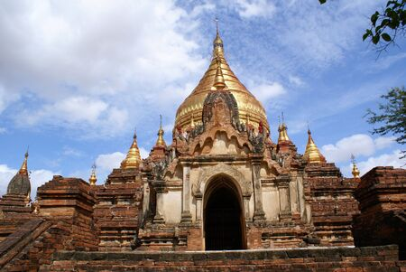 dhamma: Ingresso del Dhamma Yazilka pagoda in Bagan, Myanmar Archivio Fotografico