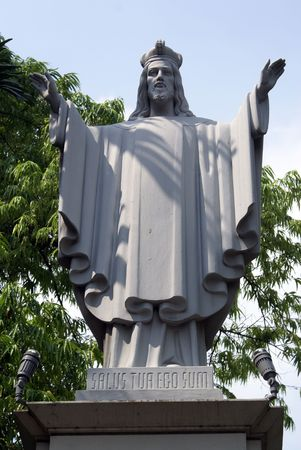 jesus standing: Statue Yesus Christ near cathedral in Jakarta, Indonesia