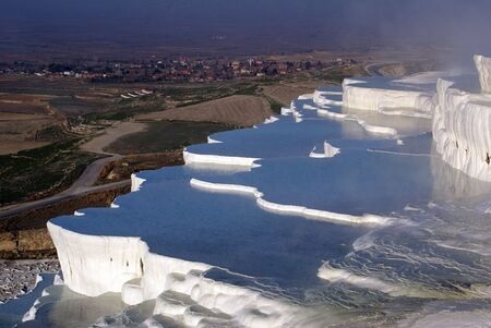 calcareous: Terraced mount with water in Pamukkale, Turkey