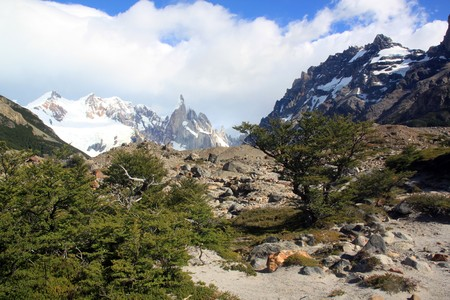 chalten: Footpath to the mountain area in El Chalten, Argentina Stock Photo