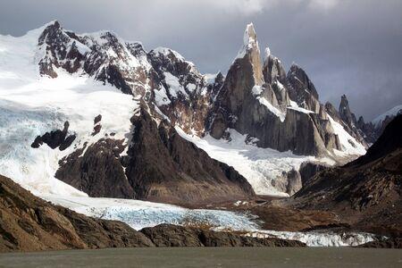 chalten: Lake and mountain in national park near El Chalten, Argentina
