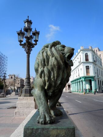 Bronze lion and street light in Havana, Cuba           Stock Photo - 7785992
