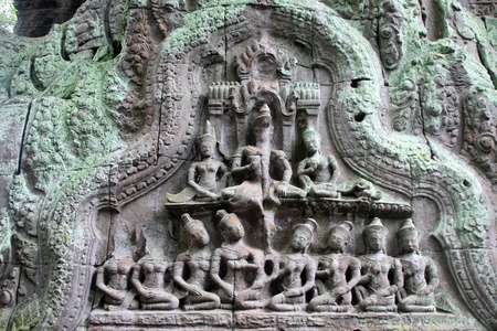 civilisation: Apsaras on the wall of Ta Prom temple, Angkor, Cambodia