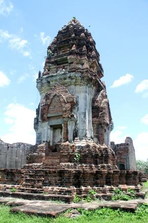 lop: Chedi in Wat Phra Sri Rattana Mahathat, Lop Buri, Thailand