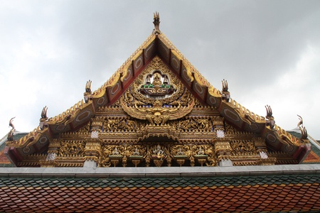 blissfull: Golden Garuda on the roof of temple in wat Hualampong, Bangkok, Thailand