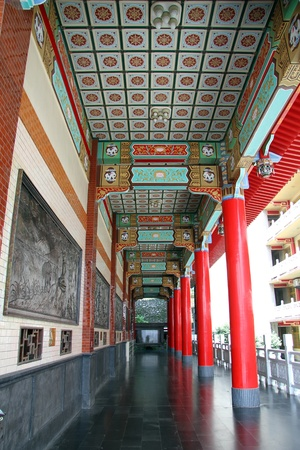 Corridor and wall of buddhist temple in Kaohsiung, Taiwan Stock Photo - 13903528