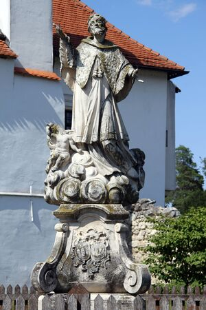 sain: Statue of christian saint