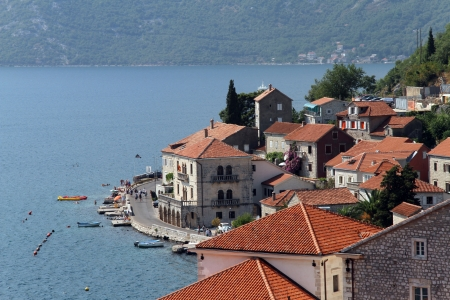 Town Perast on the sea shore of Boka Kotorska Stock Photo - 14989324