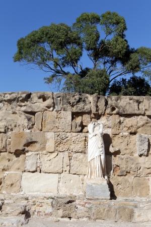 kibris: Headless statue near theall in Salamis, North Cyprus Stock Photo