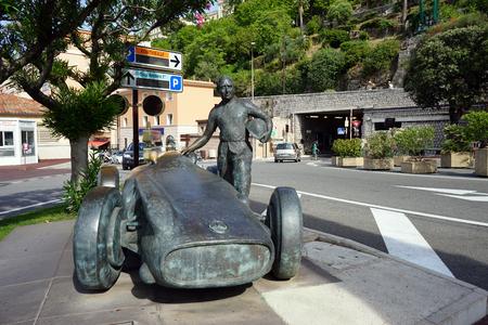 manuel: MONACO, MONACO - CIRCA JULY 2015 Statue of Juan Manuel Fangio Editorial