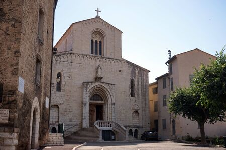 12th century: The Grasse cathedral, today the Church of Notre Dame du Puy, was built during the 12th century and remained the seat of the Bishop of Grasse