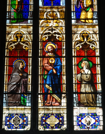 crist: Stained glass in church in Bourg En Bresse