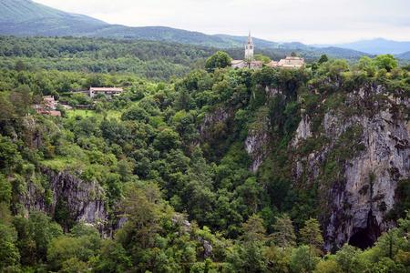 rock bottom: Cave in Skocjan Caves Park, Slovenia