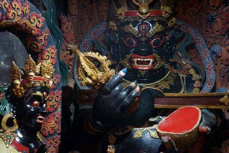 ギャンツェ、中国 - 2017年 5 月年頃ギャンツェ修道院で黒タラ 報道画像