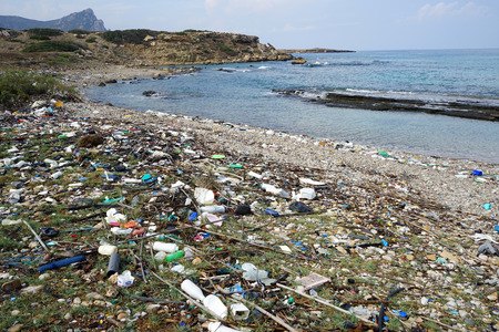 Pollution on the beach of North Cyprus Фото со стока - 113328312