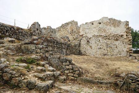 Ruines à l'intérieur de la forteresse d'Angelokastro sur la côte ouest de l'île de Corfou, Grèce