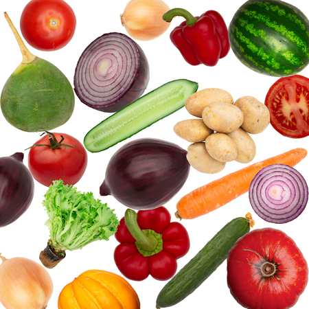Vegetables isolated on white background top view. Creative composition of fresh vegetables cauliflower, garlic, turnip, radish, red onion, flat layout. Abstract food background. Banque d'images