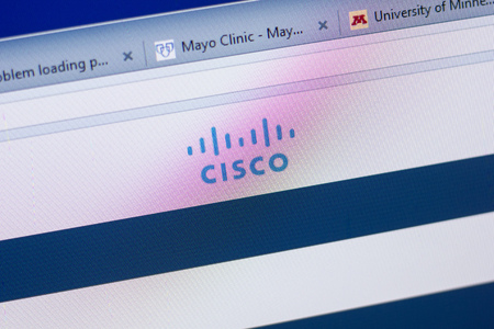 Ryazan, Russia - May 13, 2018: Cisco website on the display of PC, url - Cisco.com 에디토리얼