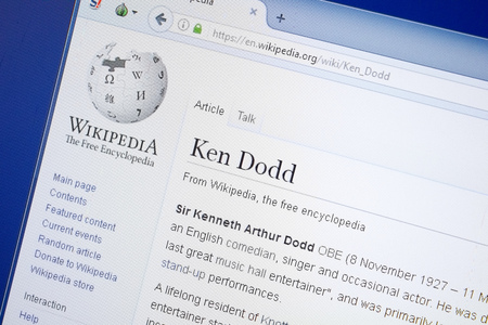 Ryazan, Russia - August 19, 2018: Wikipedia page about Ken Dodd on the display of PC 報道画像