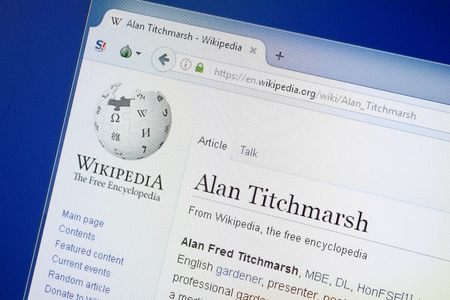 Ryazan, Russia - August 19, 2018: Wikipedia page about Alan Titchmarsh on the display of PC Editöryel