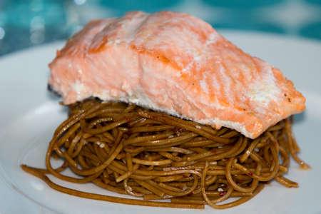 sauber: Salmon and sauber noodles