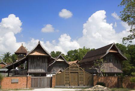 malay village: Casa tradicional malayo Editorial
