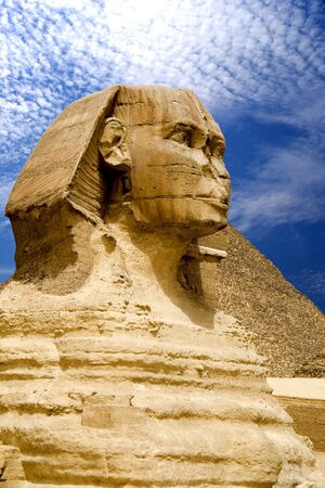 chephren: The Sphinx and The Great Pyramid, Egypt.