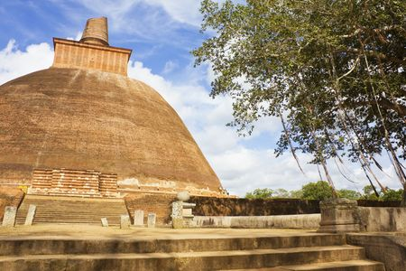 dagoba: Image of UNESCOs World Heritage Site of Jetavana Dagoba, located at Anuradhapura, Sri Lanka.