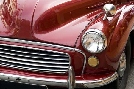 engine bonnet: Image of a vintage car.