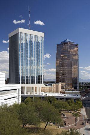 Shot down suchen Avenue Kirche an einem klaren Tag in der Innenstadt von Tucson Arizona. Lizenzfreie Bilder