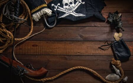 Pirate background of marine items with empty space for your text. Foto de archivo