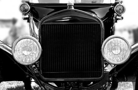 古典的な車