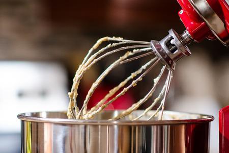 wife beater: Kitchen Mixer