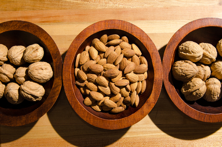 snack: Nuts for a healthy snack