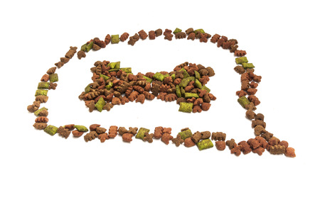 munchy: Dried food for dogpuppy or cat