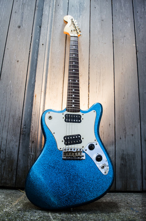 mojo: electric blue guitar