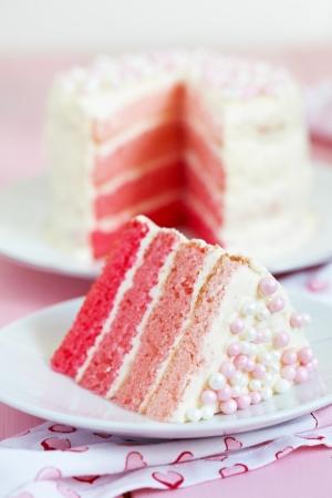 trozo de pastel: Pink Cake Ombre Foto de archivo