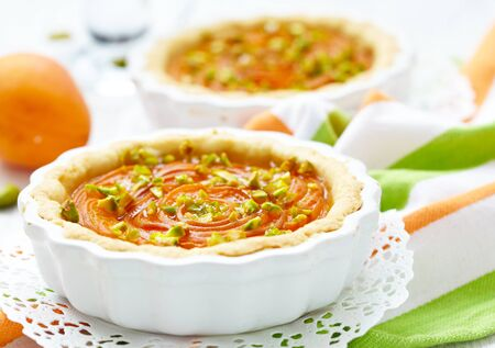 Apricot tart with pistachios and honey